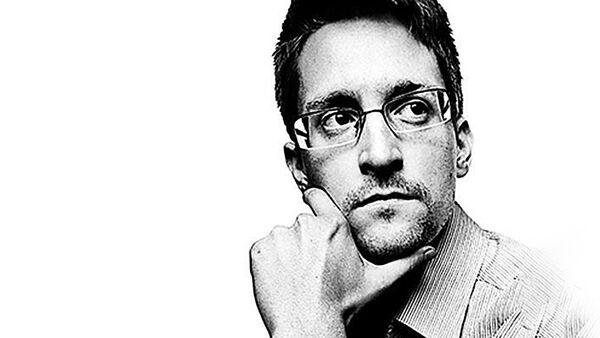 Эдвард Сноуден - Sputnik Latvija