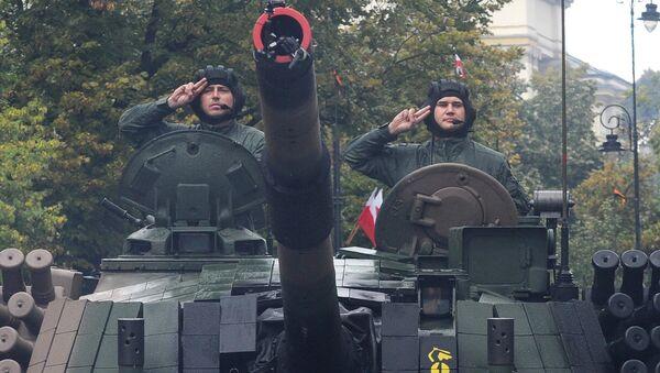 Польский танкисты на танке - Sputnik Латвия