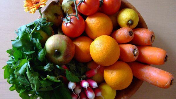 Фрукты и овощи - здоровое питание - Sputnik Latvija