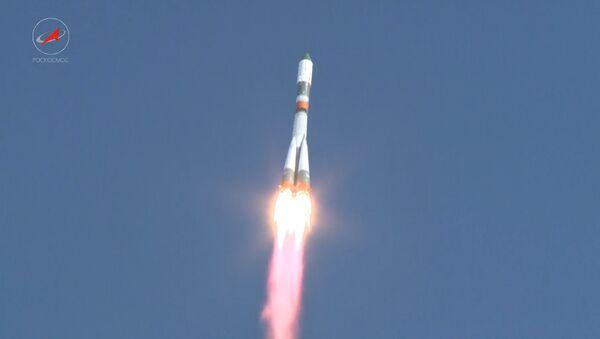 Космический грузовик Прогресс МС-05 стартовал к МКС с Байконура - Sputnik Латвия