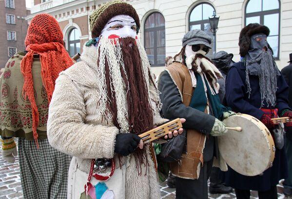XVIII Международный фестиваль масочных традиций в Риге - Sputnik Латвия