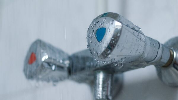 Вода из крана, архивное фото - Sputnik Латвия