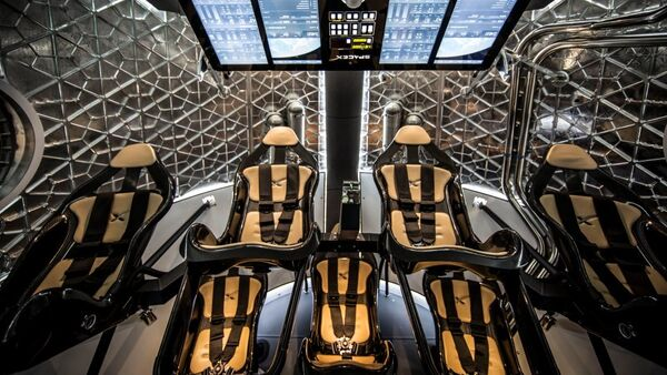 Частный многоразовый пилотируемый космический корабль Dragon V2 - Sputnik Латвия