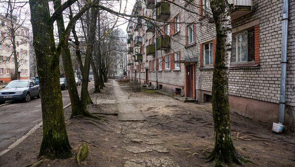 Двор в рижском районе Плескодале - Sputnik Latvija