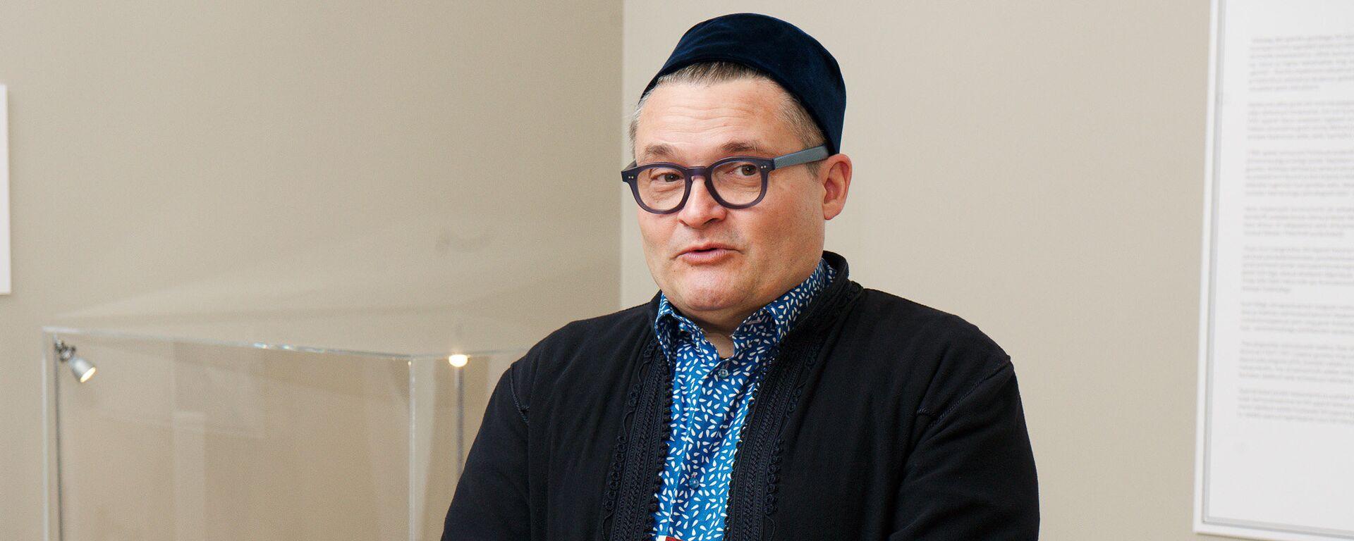 Историк моды и коллекционер Александр Васильев - Sputnik Латвия, 1920, 04.03.2017