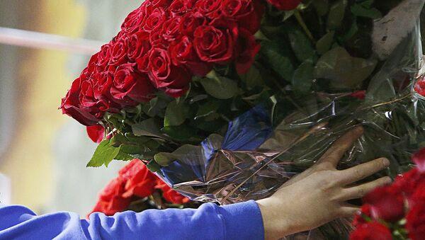 Большой букет роз - Sputnik Латвия