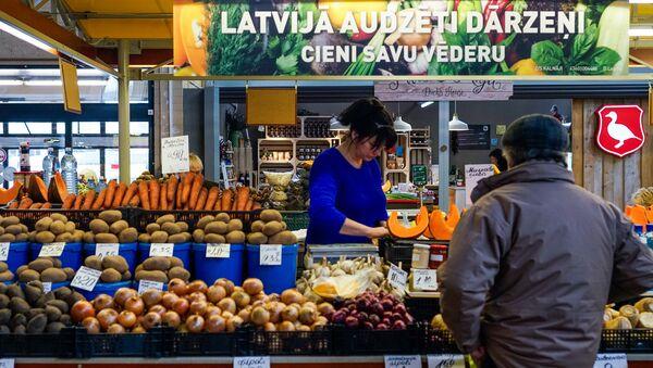 Dārzeņu paviljons Rīgas Centrāltirgū - Sputnik Latvija