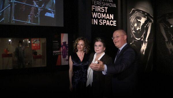 Выставка в честь Терешковой в Лондоне - Sputnik Латвия