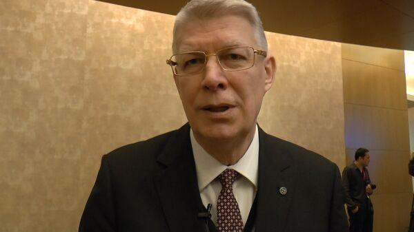 Экс-президент Латвии призвал бороться со временем монстров - Sputnik Latvija