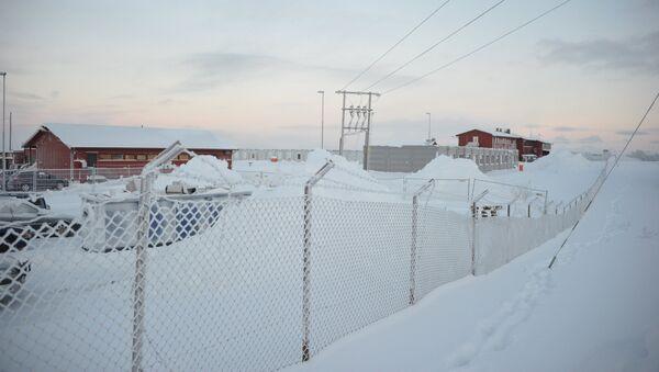 Лагерь для беженцев в районе города Киркенес на севере Норвегии - Sputnik Latvija