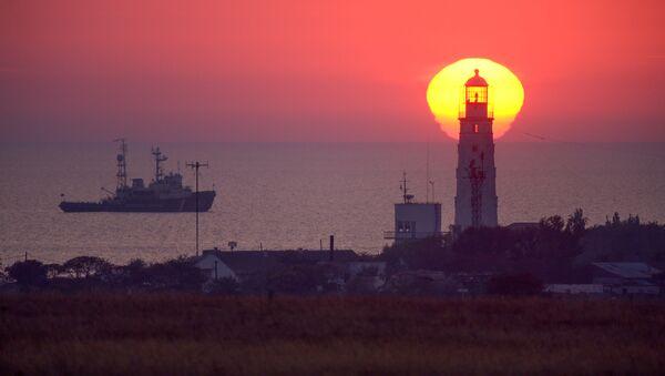 Маяк на западной оконечности Крыма - Sputnik Латвия