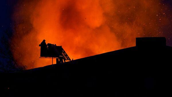 Пожар на Бривибас гатве в Риге  - Sputnik Latvija