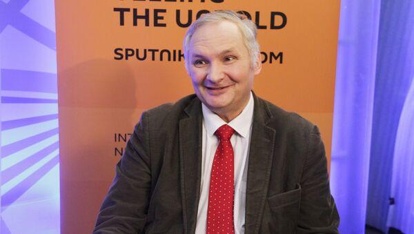 Политолог Андрей Суздальцев - Sputnik Латвия