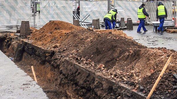 Археологи обнаружили тайную комнату во время подготовительных работ по программе Моя улица - Sputnik Латвия