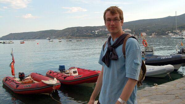 Русский писатель и публицист Александр Гаррос - Sputnik Латвия