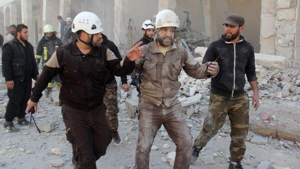 Активисты из организации Белые каски в Сирии. Архивное фото - Sputnik Latvija