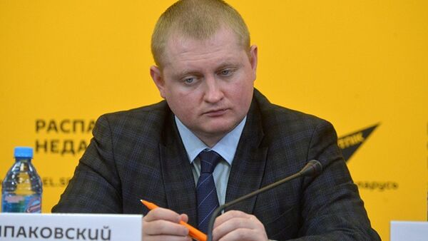 Политолог Александр Шпаковский - Sputnik Латвия