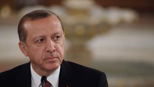 Turcijas prezidents Redžeps Tajips Erdogans - Sputnik Latvija
