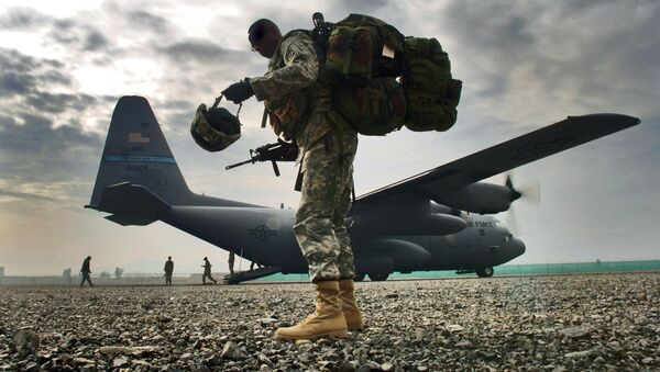 Солдат армии США - Sputnik Latvija