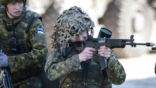 Военные учения НАТО Spring storm в Эстонии - Sputnik Latvija
