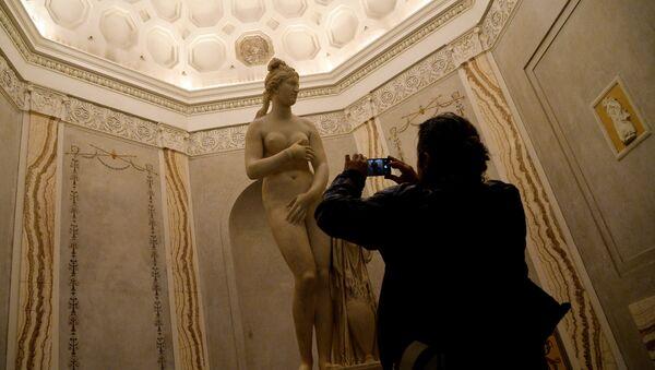 Венера Капитолийская в Капитолийском музее Италии - Sputnik Латвия
