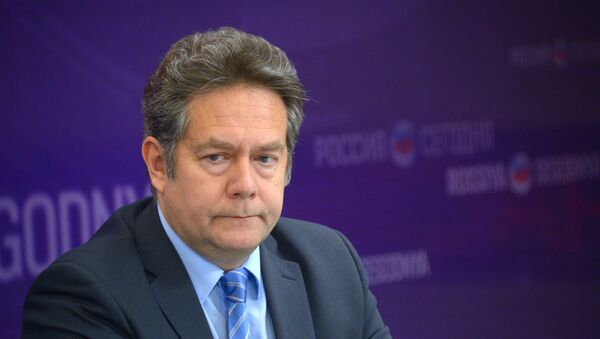 Заведующий кафедрой международных отношений и дипломатии Московского гуманитарного университета Николай Платошкин - Sputnik Латвия