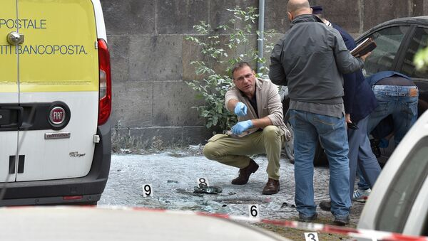 Policija eksplozijas vietā Romā 2017. gada 12. majiā - Sputnik Latvija