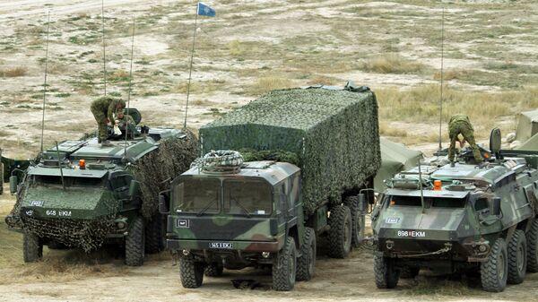 Эстонские военные на учениях Trident Juncture. Архивное фото - Sputnik Latvija