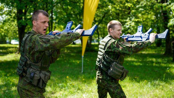 Lietuvas armijas karavīri - Sputnik Latvija