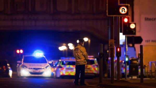 Полиция на месте теракта на Манчестер Арене, 22 мая 2017 - Sputnik Латвия