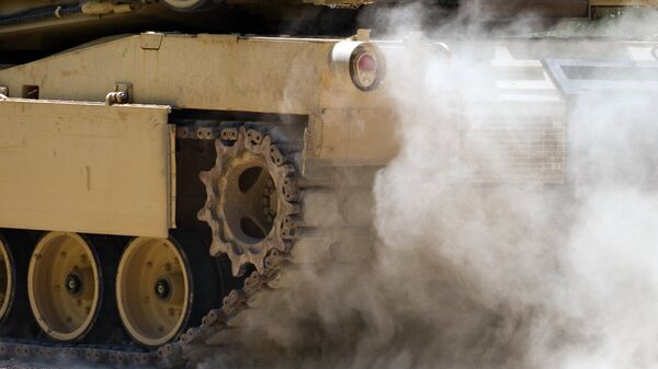 Танк M1A1 Abrams - Sputnik Латвия