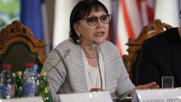 Надежда Арбатова на Балтийском форуме - Sputnik Латвия