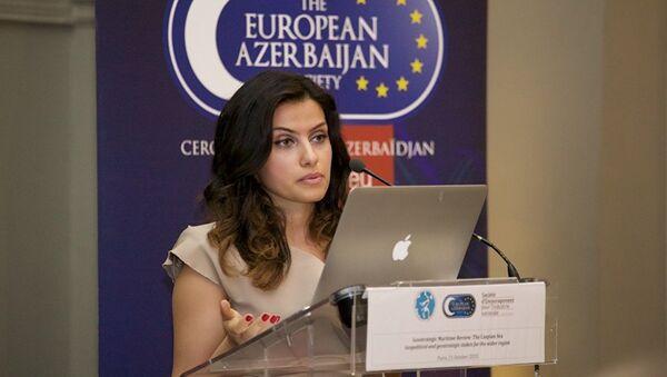 Эксперт Центра стратегических исследований Гюльмира Рзаева - Sputnik Латвия