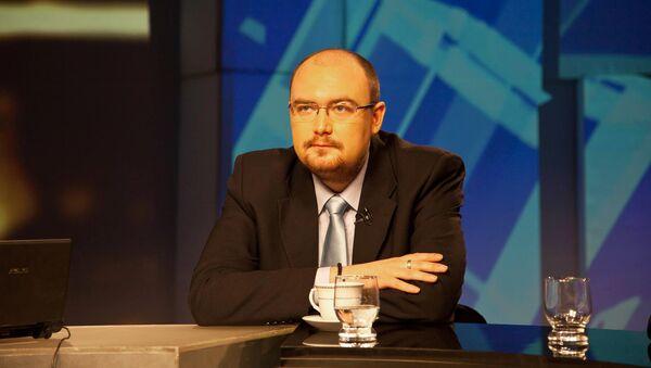 Политолог Денис Денисов - Sputnik Латвия