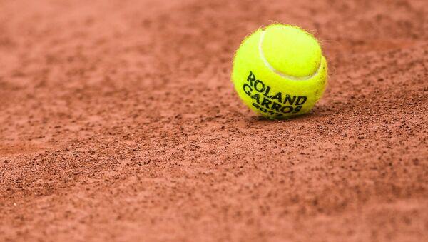 Теннисный мяч на Roland Garros - Sputnik Латвия