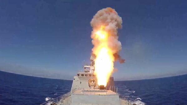 Пуск ракет Калибр по позициям ИГ*  - Sputnik Latvija