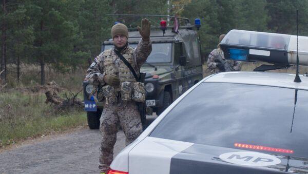 Машины военной полиции Латвии - Sputnik Латвия