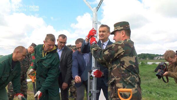 Строительство забора на границе Литвы с Россией - Sputnik Латвия
