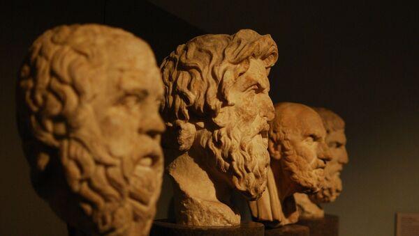 Бюсты древнегреческих философов - Sputnik Latvija