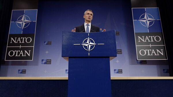 Генеральный секретарь НАТО Йенс Столтенберг - Sputnik Латвия