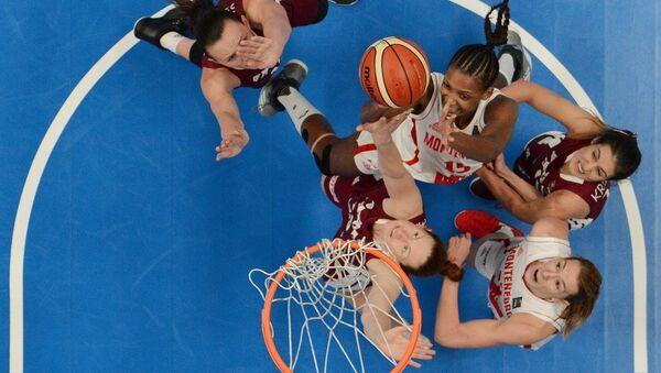 Женская сборная Латвии играет с Черногорией на Чемпионате Европы 2017 - Sputnik Латвия