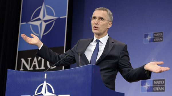 Генеральный секретарь НАТО Йенс Столтенберг  - Sputnik Latvija