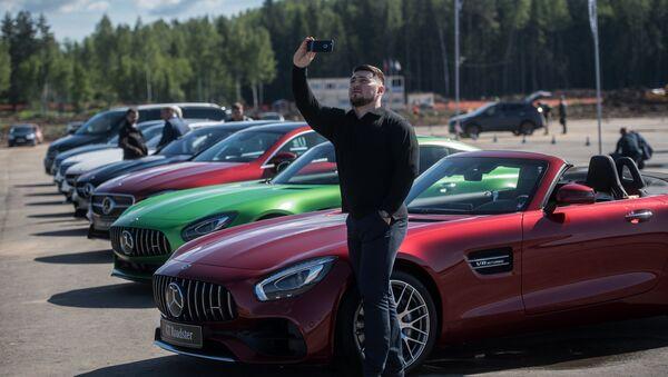 Закладка первого камня завода Mercedes в Московской области - Sputnik Латвия
