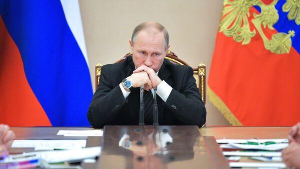 Президент РФ Владимир Путин - Sputnik Latvija