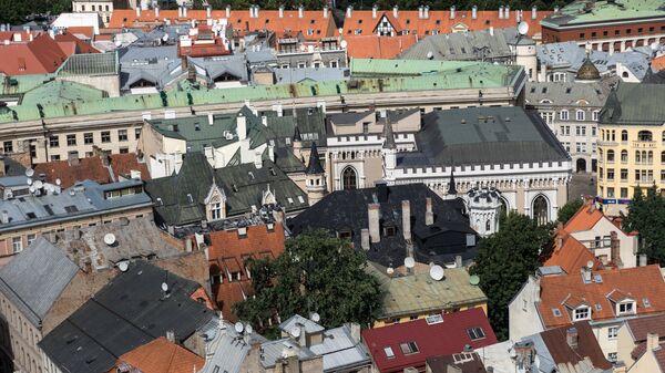 Крыши старого города в Риге в Латвии - Sputnik Латвия
