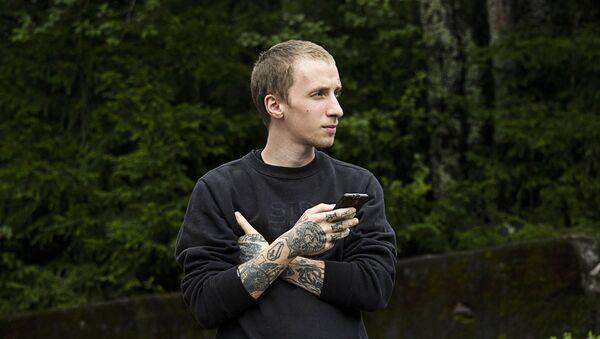 Парень с татуировками - Sputnik Латвия