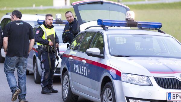 Полиция Австрии, архивное фото - Sputnik Latvija