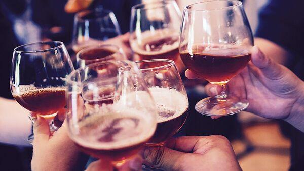 Бокалы с алкоголем - Sputnik Латвия