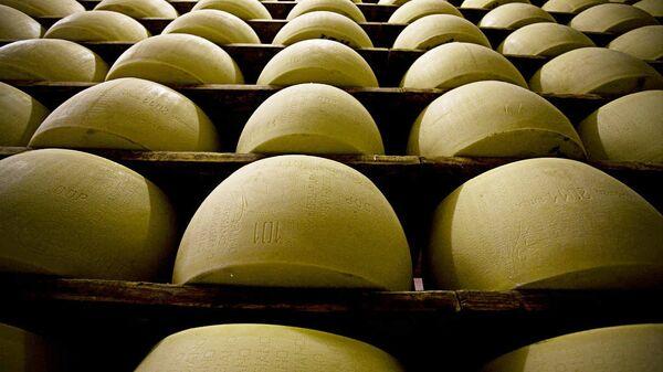 Сыр пармезан - Sputnik Латвия