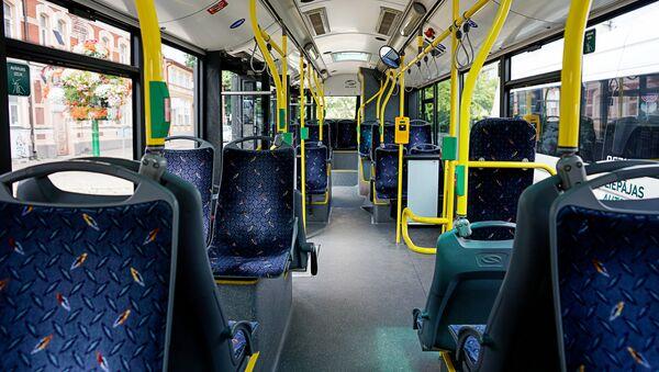 Интерьер лиепайского автобуса - Sputnik Латвия